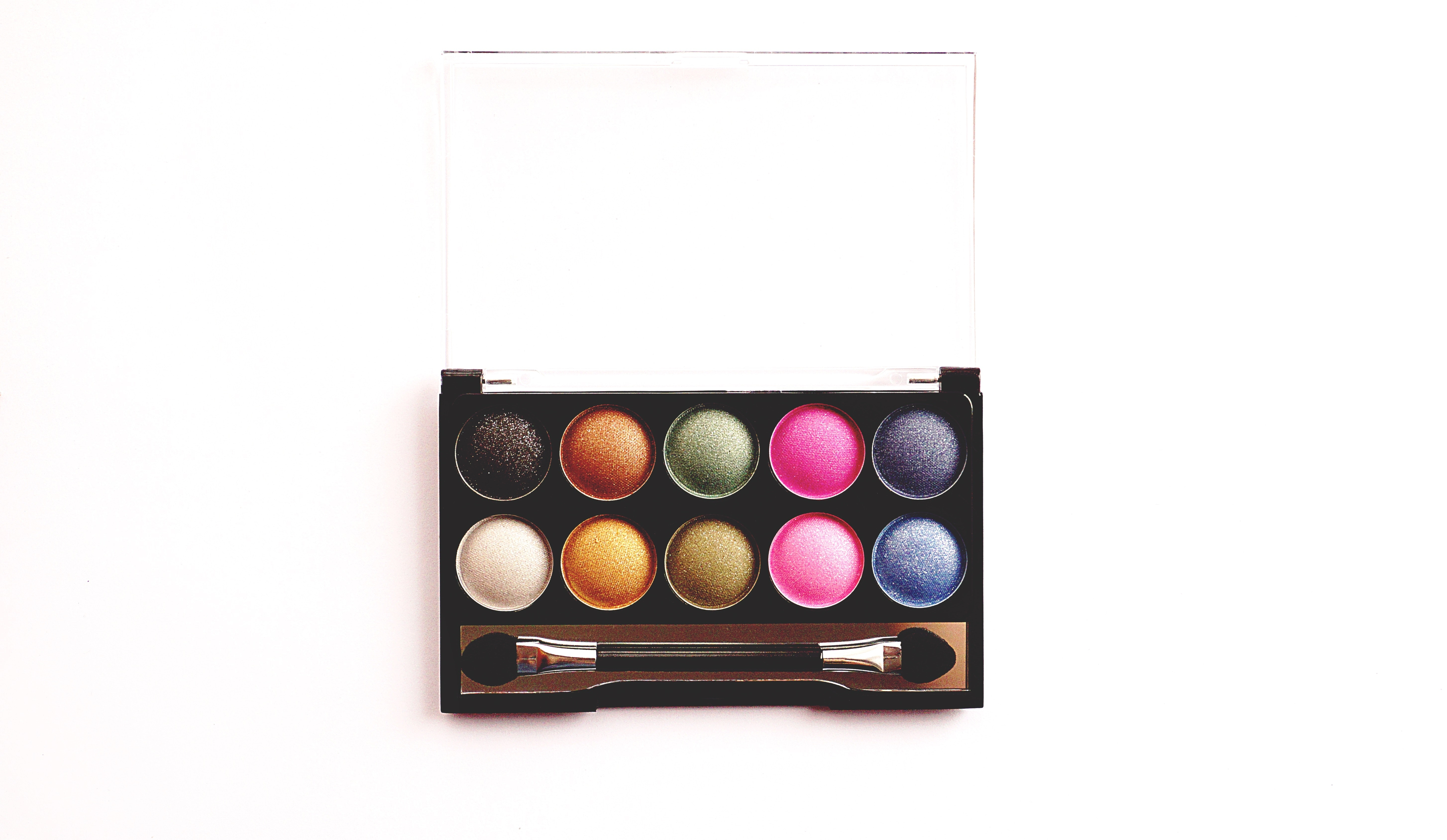 colorful-colourful-cosmetics-1340925.jpg
